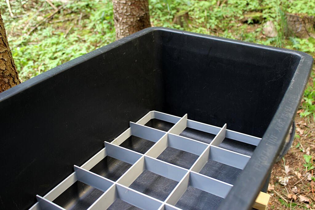 Ein Kunststoffrost macht den Transport der Beute hygienischer